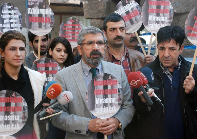 Tahir Elci, the head of Diyarbakir Bar Association, speaks to the media shortly before being killed in Diyarbakir, Turkey