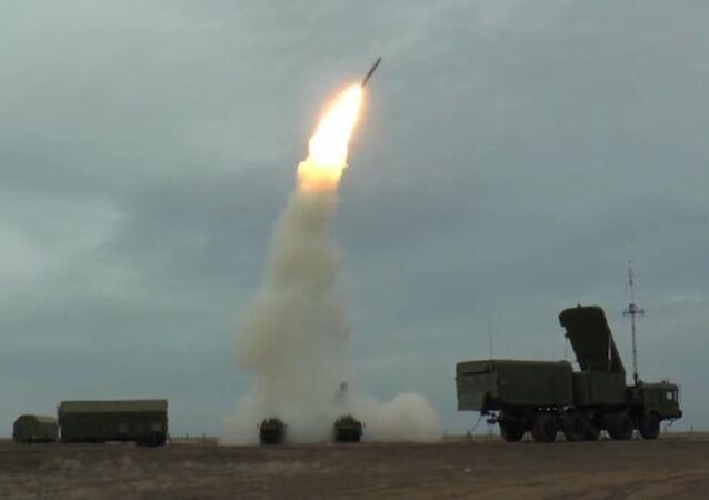Fire an S-400 Triumf anti-aircraft missile
