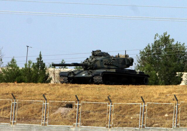 Turkish army tank is seen stationed near Cizre, some 35 kilometers from Turkish-Iraq border (File)