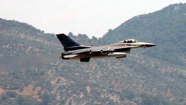 Turkish Air Force F-16 fighter jet - Sputnik International