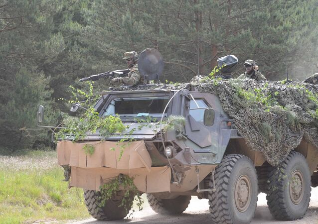 German Soldiers train with NATO during Saber Strike 15