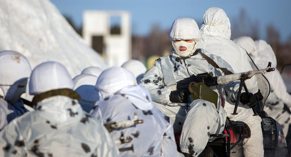 Training of cadets in the Arctic division DVVKU