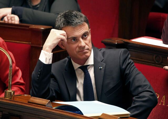 French Prime Minister Manuel Valls reacts during the questions to the government session at the National Assembly in Paris, France, December 9, 2015