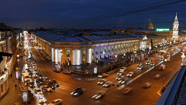 View of the Apraksin Dvor and Nevsky Prospect in St. Petersburg. - Sputnik International