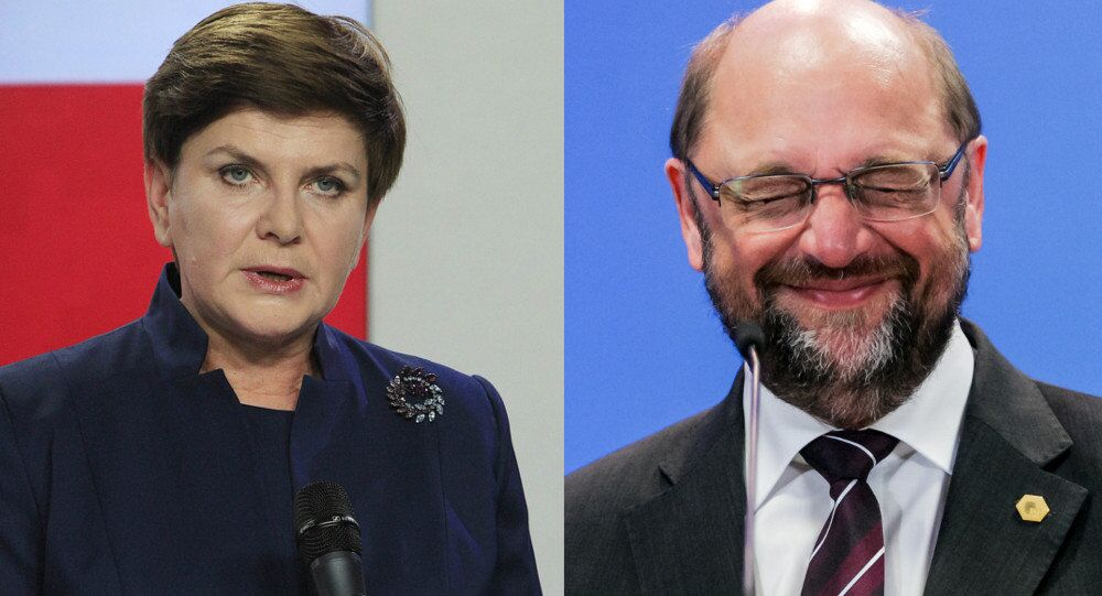 Polish Prime Minister Beata Szydlo (left) and European Parliament President Martin Schultz (right)
