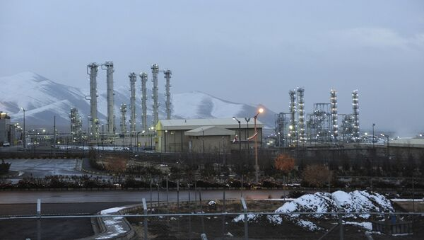In this Jan. 15, 2011 file photo, Iran's heavy water nuclear facility is backdropped by mountains near the central city of Arak, Iran - Sputnik International