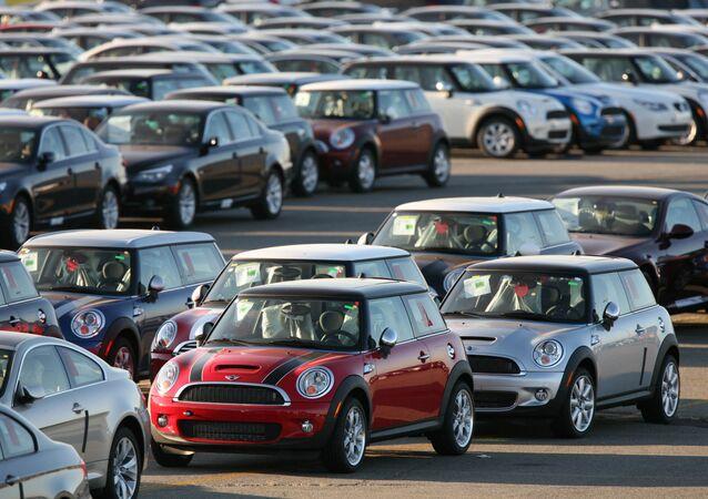 Mini Cooper automobiles