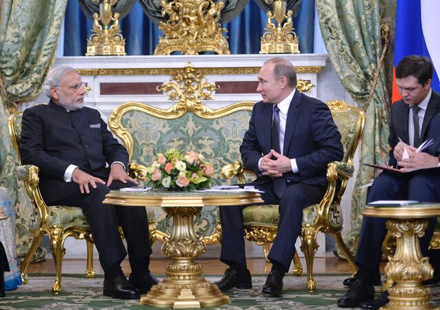 Modi arrived in Moscow for a two-day visit on Wednesday to hold talks with Putin on a range of bilateral issues, including transport, trade, energy, and the economy. The meeting is expected to result in the signing of a number of documents aimed at increasing trade and economic cooperation between the sides.