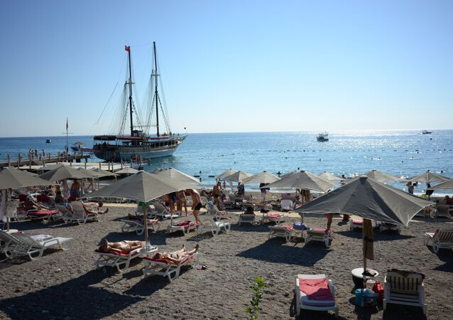 A beach in Antalya. File photo