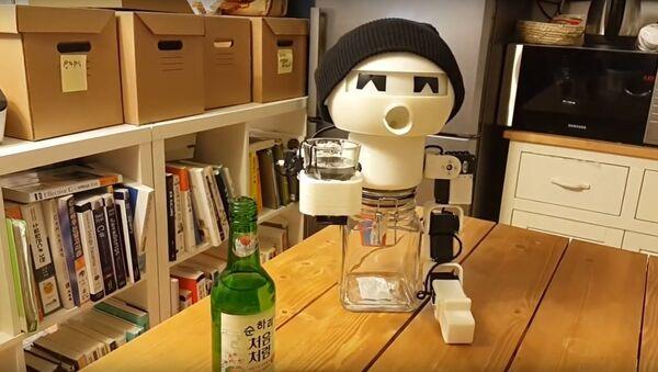 Robot Drinky - a robotic drinking buddy. - Sputnik International