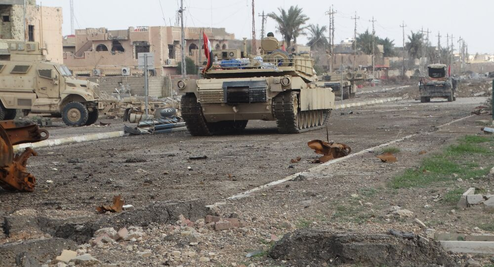 A tank of the Iraqi security forces is seen in Ramadi December 24, 2015
