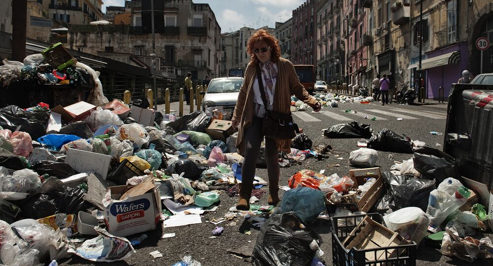 Garbage crisis in Naples, Italy
