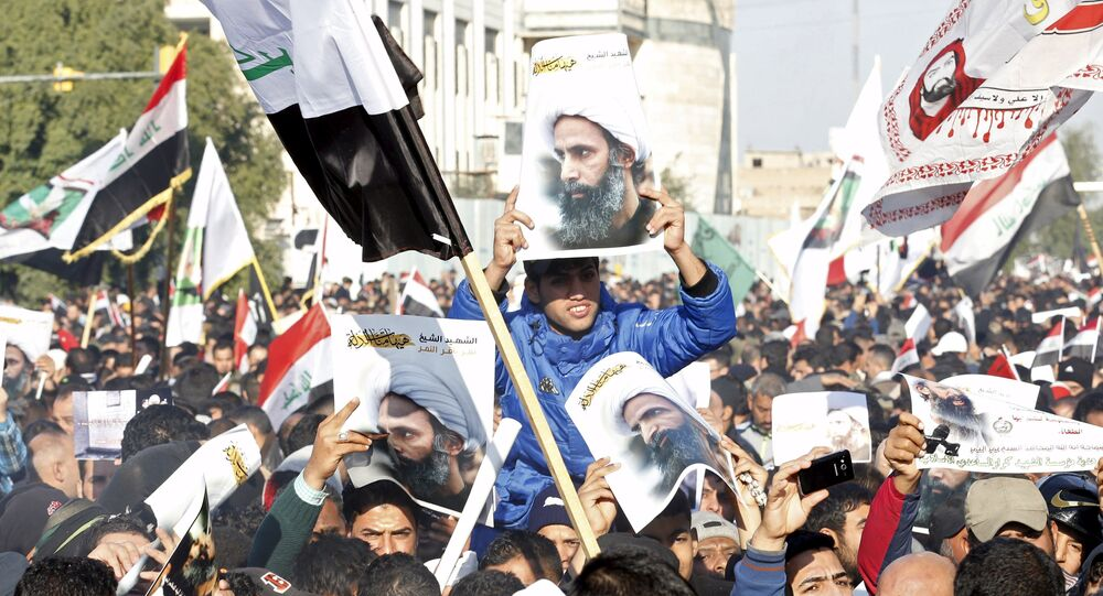Supporters of Shi'ite cleric Moqtada al-Sadr protest against the execution of Shi'ite Muslim cleric Nimr al-Nimr in Saudi Arabia, during a demonstration in Baghdad January 4, 2016
