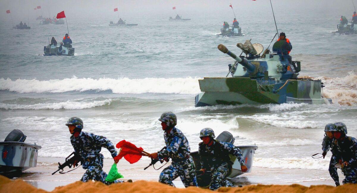 China Holds Amphibious War Drills, But No Proof They're Aimed at Taiwan's Pratas Islands - Sputnik International