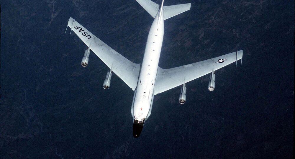 RC-135 surveillance aircraft