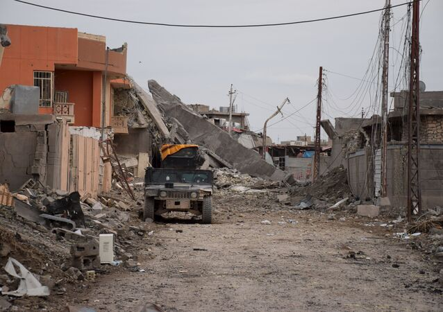 An Iraqi security forces vehicle is seen in the city of Ramadi, January 3, 2016. Picture taken January 3, 2016