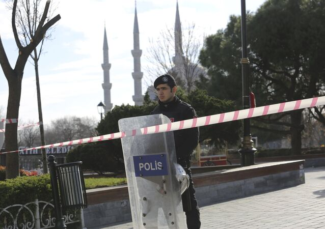 A police officer secures the area after an explosion near the Ottoman-era Sultanahmet mosque, known as the Blue mosque in Istanbul, Turkey January 12, 2016