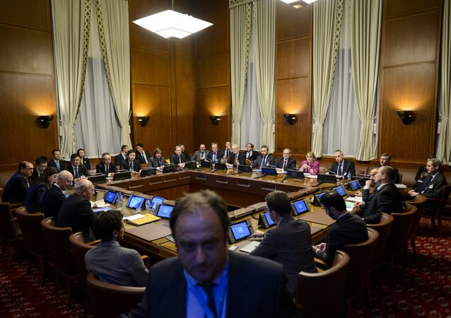 General view at the opening of a meeting between the United Nations Syria envoy Staffan de Mistura (5th L) and ambassadors from the five permanent members of the UN Security Council at the United Nations Office in Geneva