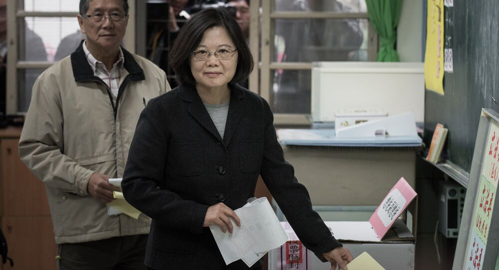 Democratic Progressive Party (DPP) presidential candidate Tsai Ing-wen casts her vote in New Taipei City