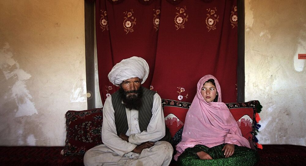 Young girl married old man