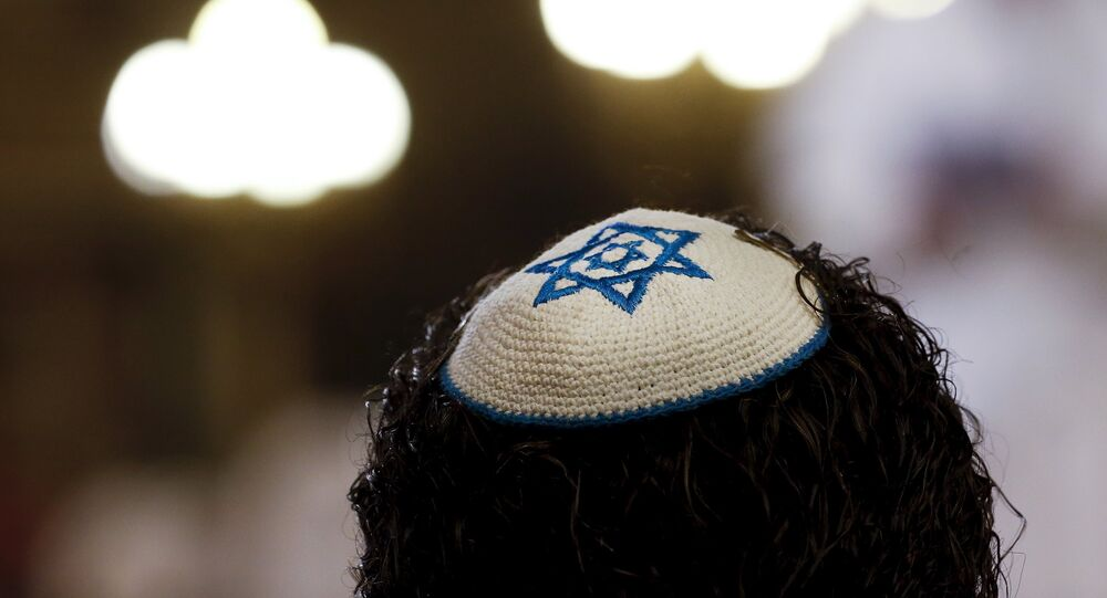 A member of the Jewish community