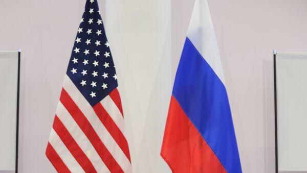 US and Russian flags - Sputnik International