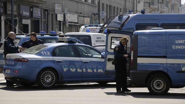 Italian police vehicles - Sputnik International