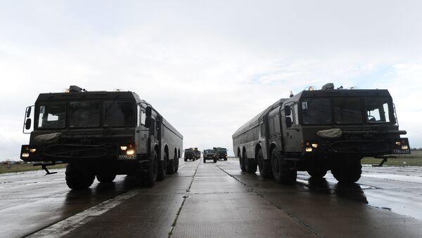Russia's Bastion-P coastal defense missile system during a parade rehersal. - Sputnik International