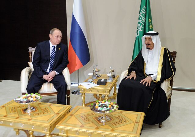 November 16, 2015.Vladimir Putin, left, President of the Russian Federation, with Salman bin Abdulaziz Al Saud, King of Saudi Arabia and Chairman of the Saudi Council of Ministers, during a meeting on the sidelines of the Group of 20 summit in Antalya, Turkey.