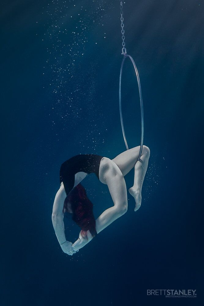 Radiant Beauty of 'Sirens': Underwater Circus