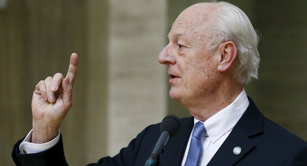 UN mediator for Syria Staffan de Mistura delivers a statement after the opening of the Syrian peace talks at the United Nations European headquarters in Geneva, Switzerland, January 29, 2016.