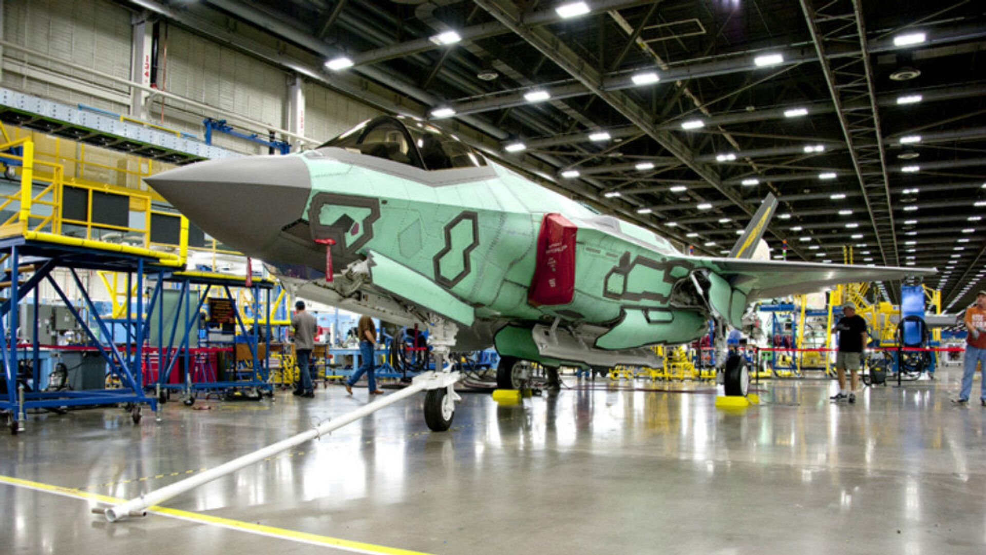 100th F-35 Rolls Out of the Factory - Sputnik International, 1920, 11.09.2021