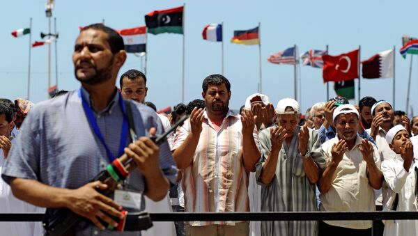 Libyans pray during Friday prayers, in the rebel-held Benghazi, Libya, Friday, July 8, 2011. - Sputnik International