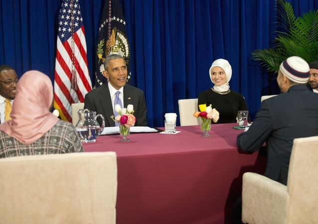 President Barack Obama meets with members of Muslim-American community at the Islamic Society of Baltimore, Wednesday, Feb. 3, 2016, in Baltimore, Md.