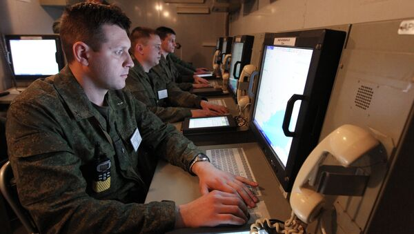 Army servicemen at the command center during large-scale exercises of the Air Force and Air Defense troops of Russia, Belarus and Kazakhstan - Sputnik International