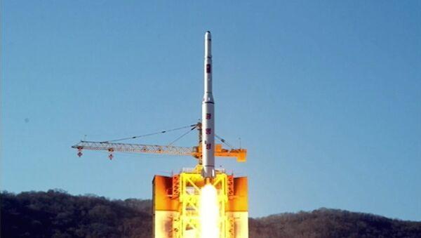 North Korea's rocket launch of earth observation satellite Kwangmyong 4 - Sputnik International