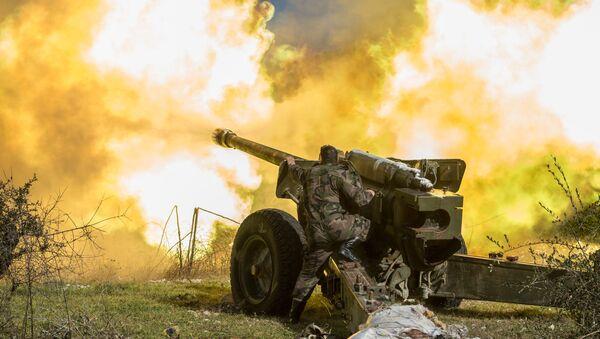 Syrian army artillery soldiers - Sputnik International