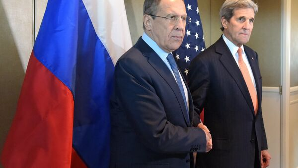 Russian Foreign Minister Sergei Lavrov meets with his US counterpart John Kerry - Sputnik International