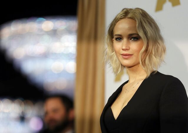 Actress Jennifer Lawrence arrives at the 88th Academy Awards nominees luncheon in Beverly Hills, California February 8, 2016.