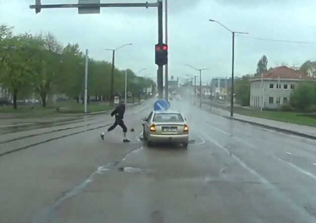 Instant Karma for another Road Rager