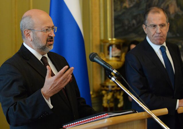 Organisation for Security and Co-operation in Europe (OSCE) Secretary General Lamberto Zannier (L) and Russian Foreign Minister Sergei Lavrov attend a press conference following their meeting in Moscow on November 8, 2013.