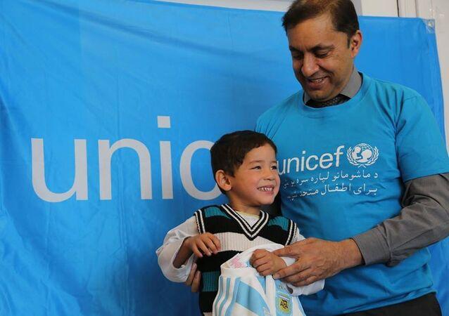 Murtaza Ahmadi with UNICEF Afghanistan Representative Akhil Iyer.