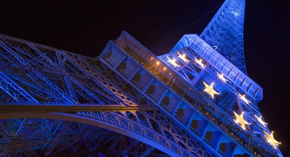 The Eiffel Tower decorated with the stars composing the EU flag.