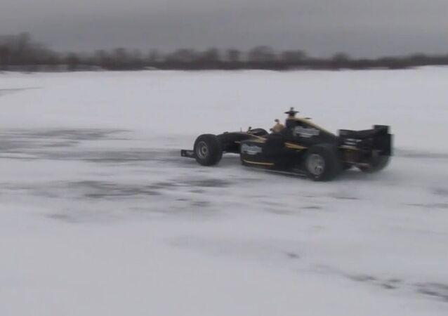 Formula Sub-Zero: Racing Car Sets Speed Record On Ice