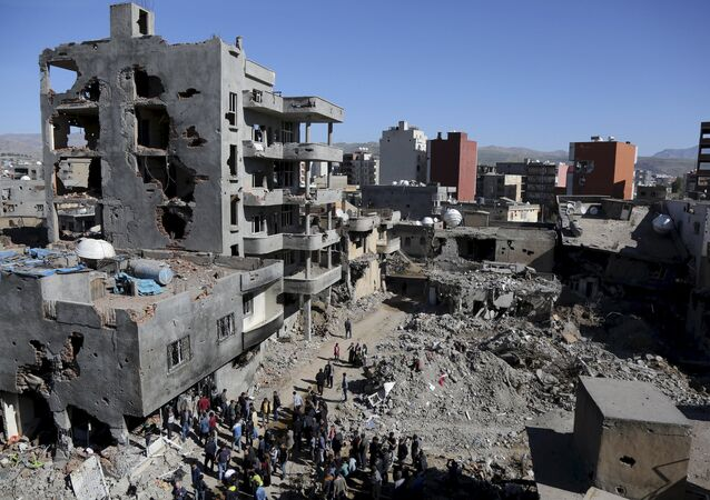 Buildings, which were damaged during the security operations and clashes between Turkish security forces and Kurdish militants, are seen in the southeastern town of Cizre in Sirnak province, Turkey March 2, 2016