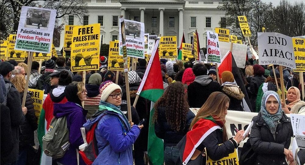 Activists protest US policy concerning US foreign policy regarding the Middle East in front of the White House on March 20, 2016