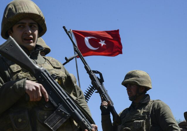 Turkish army soldiers