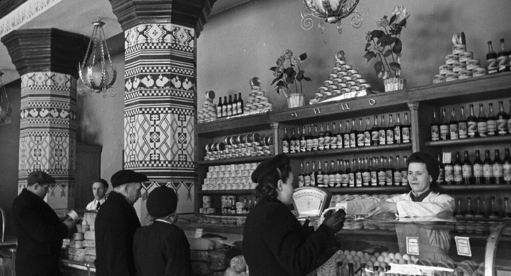A food shop inside Ukraina Hotel in Moscow, 1958. (File)