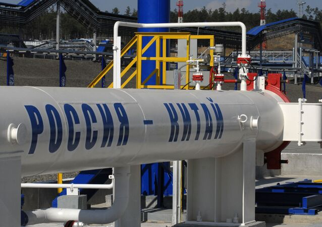 Oil pipe section from Russia to Chinese border