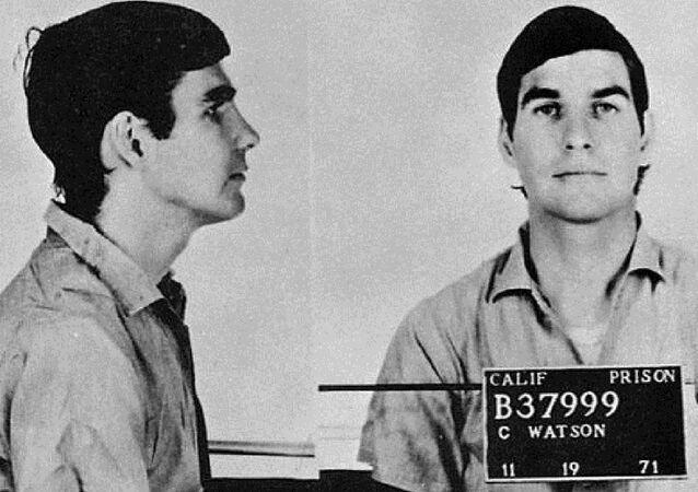 Manson Family Murderer Serving Life Sentence Doesn't Like His Wikipedia Entry